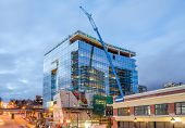 pic of high-rise  - High - JPG
