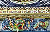Cerâmica dragão amarelo verde azul vermelho misturado cor antiga China tailandês