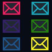 Correo electrónico colorido negro - formas de sobres