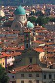 Vista del Tempio Maggiore israelita di Firenze, Italia