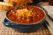 picture of kidney beans  - A bowl of hot chili con carne topped with cheddar cheese - JPG