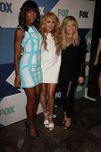 SLOS Ángeles - 1 de AUG: Demi Lovato, Paulina Rubio, Kelly Rowland llega en el verano de All-Star Fox