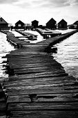 pic of chalet  - chalets cottages on the shore of a lake