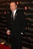 LOS ANGELES - 4 de novembro: Kevin Spacey chega no XIX prêmio anual BAFTA Los Angeles Britannia em