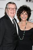LOS ANGELES - NOV 13:  Robert Daly, Carole Bayer Sager arrives at the MOCA's Annual Gala