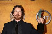 LOS ANGELES - 30 de JAN: Christian Bale na sala de imprensa 2011 Screen Actors Guild Awards S