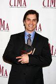 LOS ANGELES - 20 de FEB: Rick Hearst llega a los católicos de 2011 en los medios de comunicación asociados Premio Brunch un