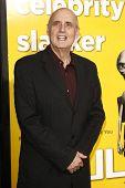 LOS ANGELES - 14 de MAR: Jeffrey Tambor llegando a