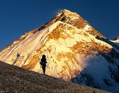 Evening View Ofmount Everest From Pumo Ri Base Camp With Tourist On The Way To Everest Base Camp - N poster