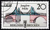 Постер, плакат: Почтовая марка ГДР 1985 Девичий мост Восточный Берлин