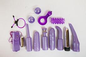 foto of masturbate  - Purple sex toys set  - JPG