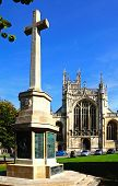 Gloucester Cathedral and war memorial.