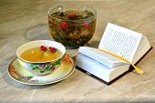 Grassy tea and the book - a peace of mind
