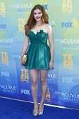 LOS ANGELES - AUG 7: Holland Roden arrives at the 2011 Teen Choice Awards held at Gibson Amphitheatre on August 7, 2011 in Los Angeles, California