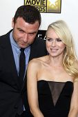 LOS ANGELES - JAN 10:  Liev Schreiber, Naomi Watts arrives at the 18th Annual Critics' Choice Movie