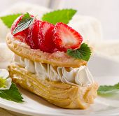 Cream Puff With Strawberries