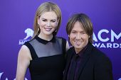 LAS VEGAS - APR 1: Nicole Kidman, Keith Urban at the 47th Annual Academy Of Country Music Awards hel
