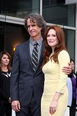 LOS ANGELES - OCT 3:  Jay Roach, Julianne Moore at the Hollywood Walk of Fame Ceremony for Julianne Moore at W Hollywood Hotel on October 3, 2013 in Los Angeles, CA