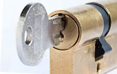 picture of cylinder  - Detail of the key and plug  - JPG