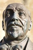 picture of luigi  - Bronze statue of Luigi Pirandello - JPG