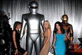 LOS ANGELES - SEP 6:  Lisa Rinna, Eileen Davidson, Lisa Vanderpump at the Night of Science Fiction,