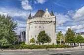 Halle Gate - Medieval Fortified City Gate In Brussels