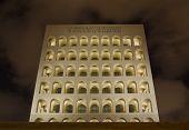 Square coliseum