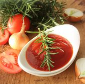 Freshly prepared sauce in bowl