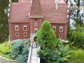 ?ervená Lhota Castle - miniature model
