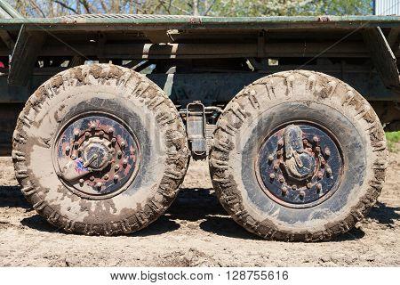 mud wheels of