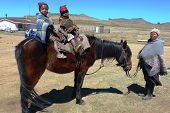Magnífico, Lesotho