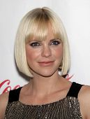 LAS VEGAS - APR 26:  ANNA FARIS arrives afor the Cinema Con 2012-Final Night Awards  on April 26, 20
