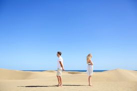 image of conflict couple  - Relationship problem  - JPG