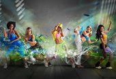 Modern Dancer Team