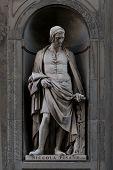 Nicola Pissano statue, Florence