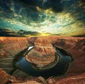 Horse-Shoe bend at Utah