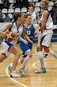 Ekaterina Fedorenkova (5) Dribble