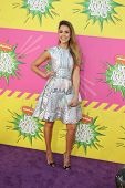 LOS ANGELES - MAR 23:  Jessics Alba arrives at Nickelodeon's 26th Annual Kids' Choice Awards at the