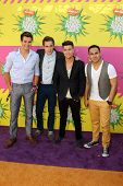 LOS ANGELES - MAR 23:  Big Time Rush arrives at Nickelodeon's 26th Annual Kids' Choice Awards at the