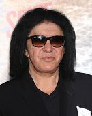 LOS ANGELES - MAR 04:  Gene Simmons arrives to the