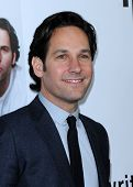 LOS ANGELES - DEC 12:  Paul Rudd arrives to the