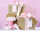Modern Trend Natural Gift Wrapping With Natural Brown Kraft Paper Boxes And Pale Pink Ribbon With Pi
