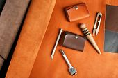 picture of leather tool  - Hand made leather man accessories and tools - JPG