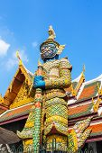 foto of guardian  - Guardian statue at Temple of the Emerald Buddha - JPG