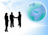 Una ilustración vectorial con un grupo de empresarios en silueta estrecharme la mano frente a un mundo