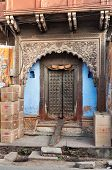 picture of india gate  - Beautiful gates in house in Agra - JPG