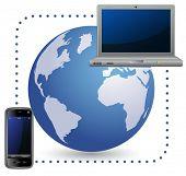 Concepto global de comunicaciones móviles. Ordenador portátil y teléfono móvil.