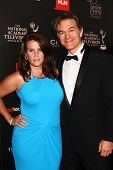 LOS ANGELES - JUN 16:  Dr. Mehmet Oz, wife arrives at the 40th Daytime Emmy Awards at the Skirball C