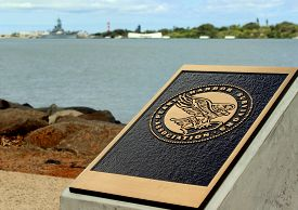 picture of battleship  - Pearl Harbor Mermorial stone - JPG