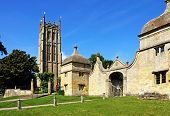 Church and gatehouse, Chipping Campden.